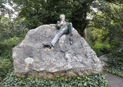 Oscar Wilde memorial, Merrion Square, Dublin